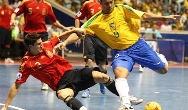 futsal-final-brasil-espanha-01g
